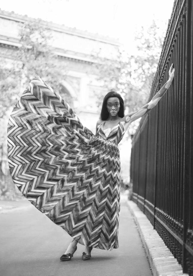 Nàng 'tân binh' Victoria's Secret dáng vóc hoàn hảo ở Paris ảnh 9