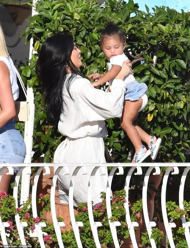 Kylie Jenner xinh đẹp gợi cảm chuẩn bị tổ chức sinh nhật triệu đô ở Ý ảnh 8