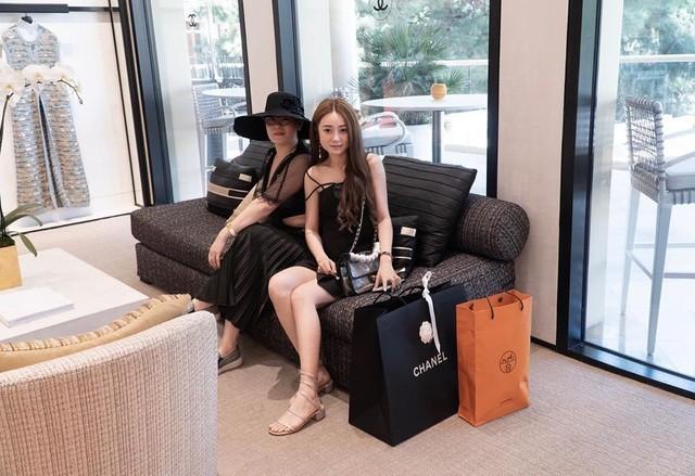 Rich kid Việt tại Mỹ mua sắm tiền tỉ ở Las Vegas thu hút sự chú ý ảnh 2