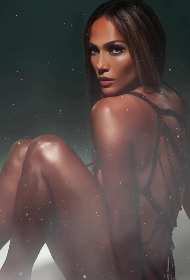 Jennifer Lopez 50 tuổi táo bạo khỏa thân trên bìa single mới ảnh 3