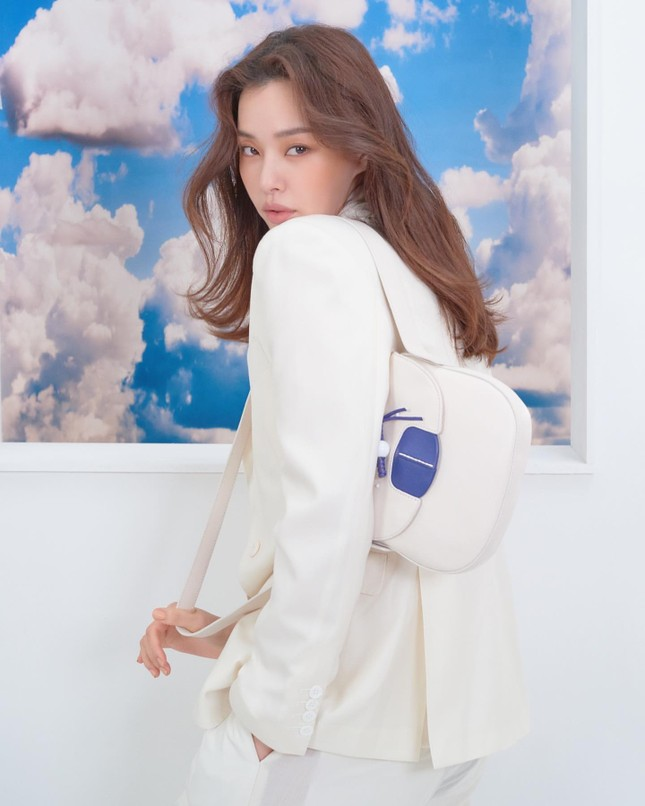 Hoa hậu Hàn Quốc Honey Lee U40 ngày càng đẹp rực rỡ ảnh 26