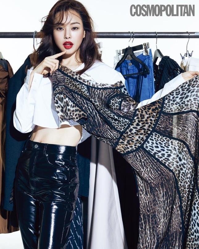 Hoa hậu Hàn Quốc Honey Lee U40 ngày càng đẹp rực rỡ ảnh 10