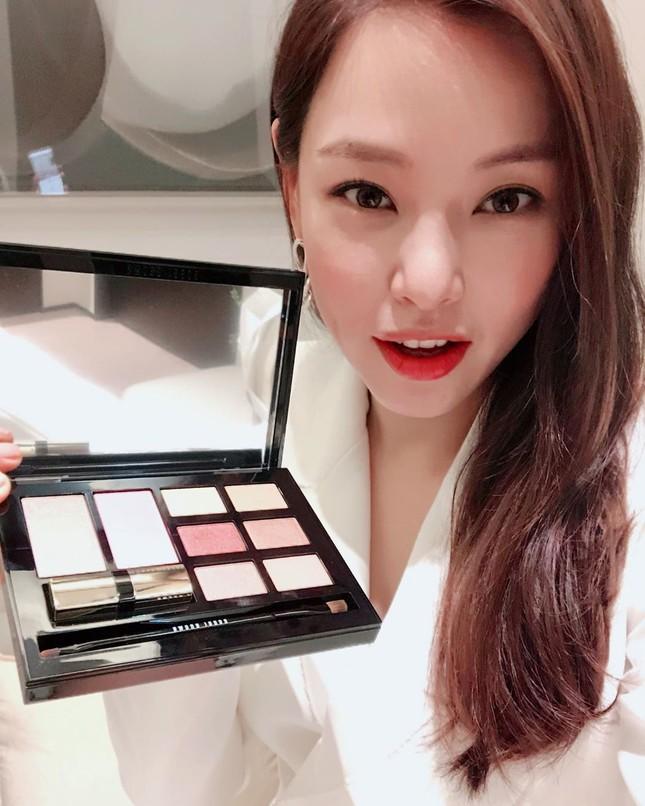 Hoa hậu Hàn Quốc Honey Lee U40 ngày càng đẹp rực rỡ ảnh 23