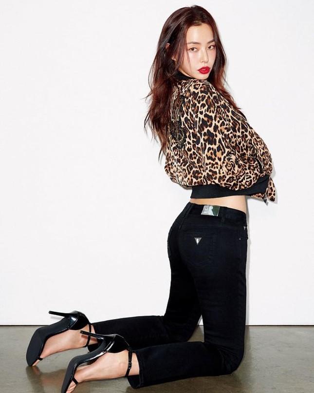 Hoa hậu Hàn Quốc Honey Lee U40 ngày càng đẹp rực rỡ ảnh 4