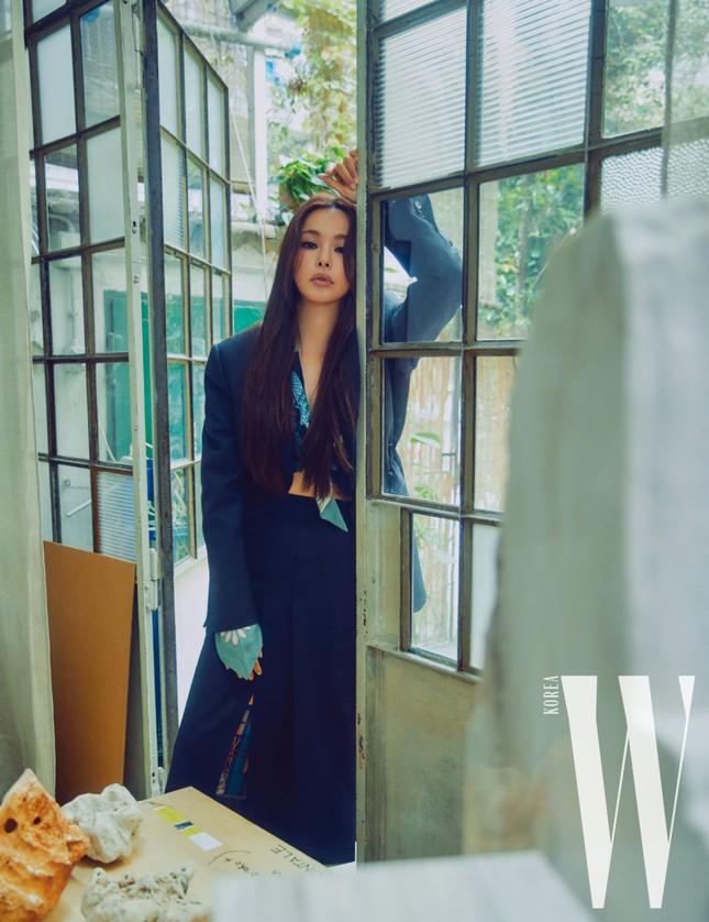 Hoa hậu Hàn Quốc Honey Lee U40 ngày càng đẹp rực rỡ ảnh 18