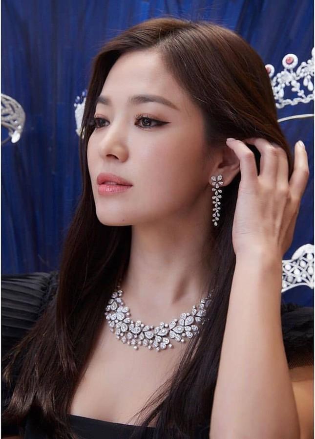 Song Hye Kyo quá đẹp với nhan sắc đỉnh cao trong ảnh đen trắng ảnh 6