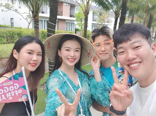 Người mẫu nội y xứ Hàn xinh tươi giữa biển trời Phú Quốc ảnh 2