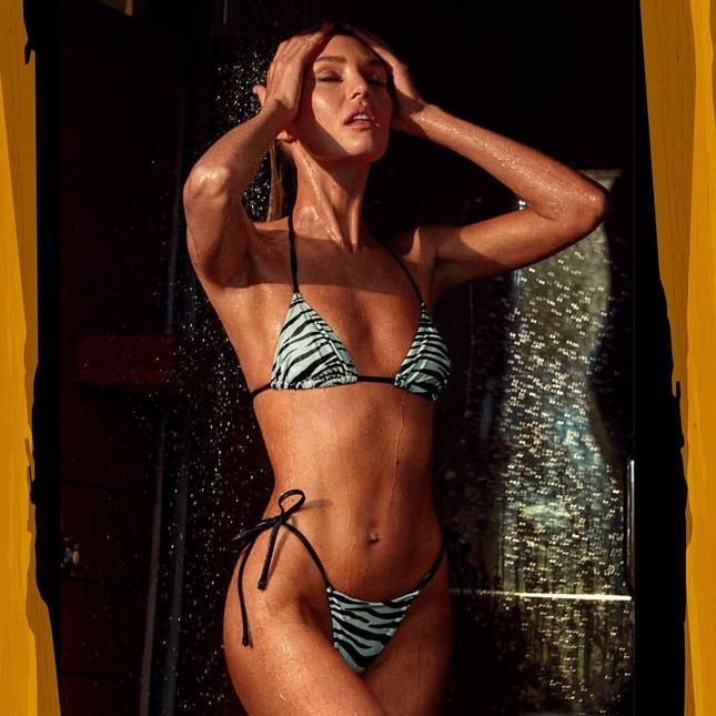 Candice Swanepoel diện bikini nóng bỏng đầy hoang dại ảnh 3