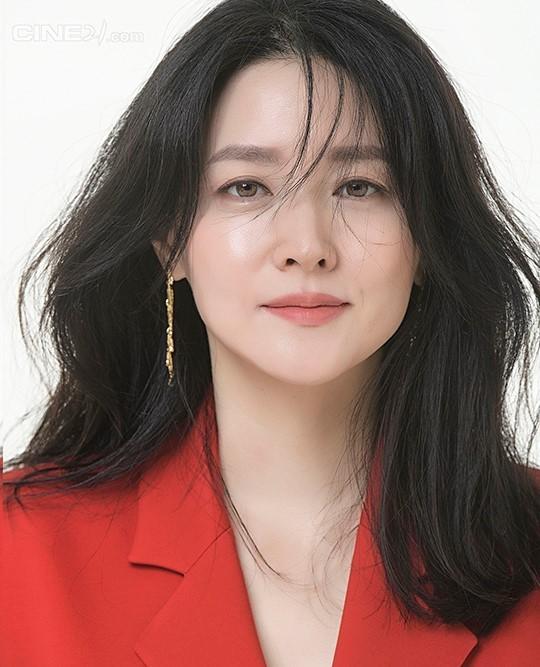 'Nàng Dae Jang Geum' U50 trẻ đẹp không tì vết ảnh 1