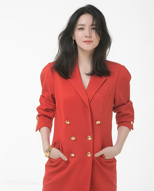 'Nàng Dae Jang Geum' U50 trẻ đẹp không tì vết ảnh 2