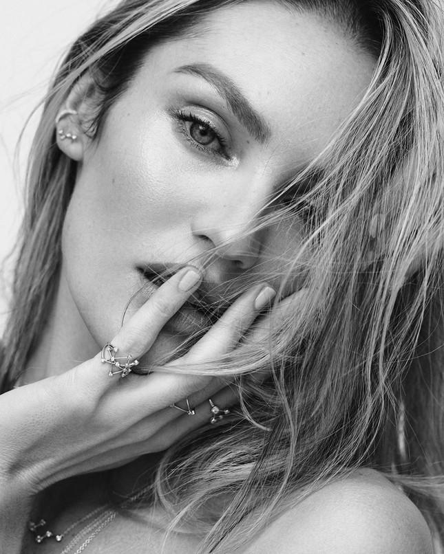 Candice Swanepoel nửa kín nửa hở khoe thân hình tuyệt mỹ ảnh 4