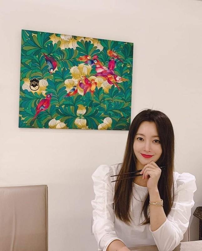 Ngỡ ngàng nhan sắc tuổi 43 của nữ thần sắc đẹp xứ Hàn Kim Hee Sun ảnh 18