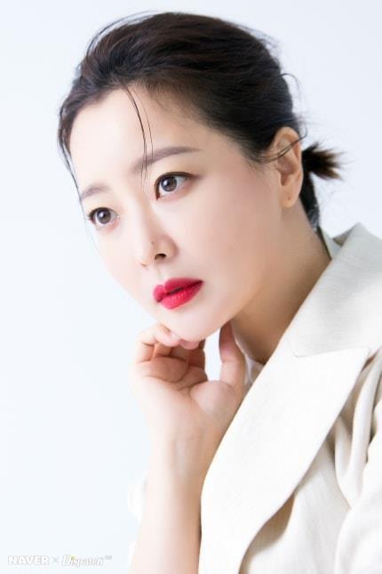 Ngỡ ngàng nhan sắc tuổi 43 của nữ thần sắc đẹp xứ Hàn Kim Hee Sun ảnh 6