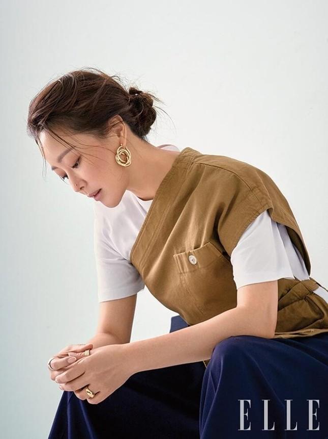 Ngỡ ngàng nhan sắc tuổi 43 của nữ thần sắc đẹp xứ Hàn Kim Hee Sun ảnh 8