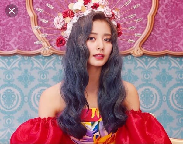 Nhan sắc gây tranh cãi của ca sĩ Hàn được bình chọn đẹp nhất thế giới ảnh 1