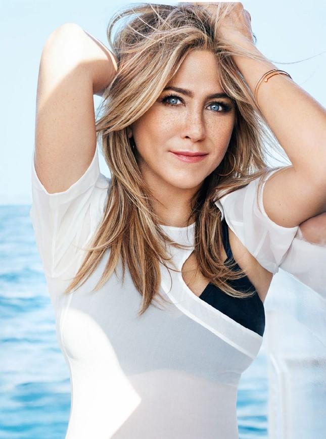Jennifer Aniston diện bikini khoe body nuột nà ở tuổi 50 ảnh 5