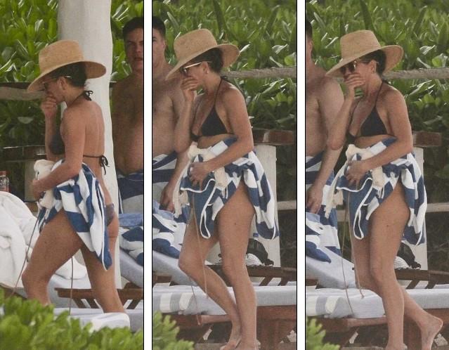 Jennifer Aniston diện bikini khoe body nuột nà ở tuổi 50 ảnh 4