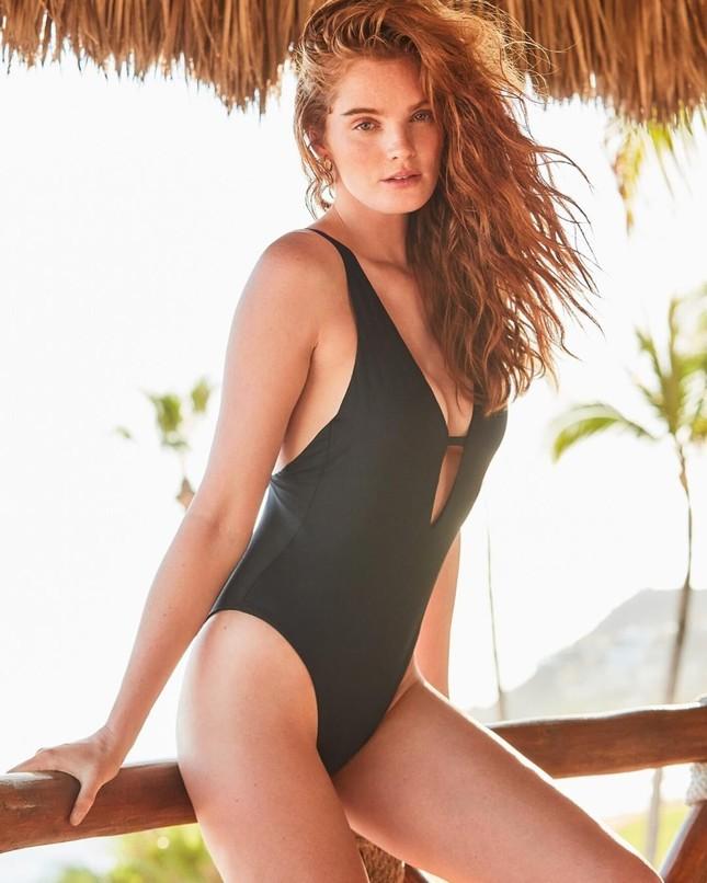 Dàn mỹ nhân chân dài Victoria's Secret dáng tuyệt đẹp trên biển ảnh 4