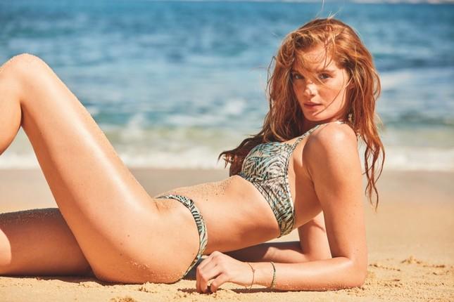 Dàn mỹ nhân chân dài Victoria's Secret dáng tuyệt đẹp trên biển ảnh 5