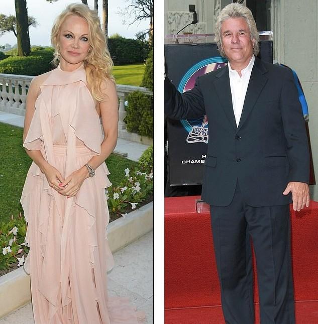 'Quả bom gợi cảm' Pamela Anderson bí mật cưới người tình 74 tuổi ảnh 11