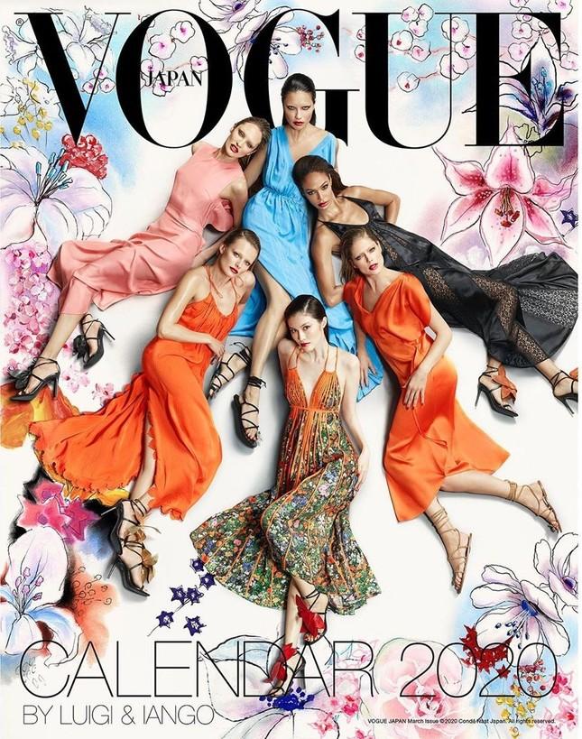 Dàn mỹ nhân chân dài Victoria's Secret đẹp xuất sắc trên Vogue Nhật ảnh 2