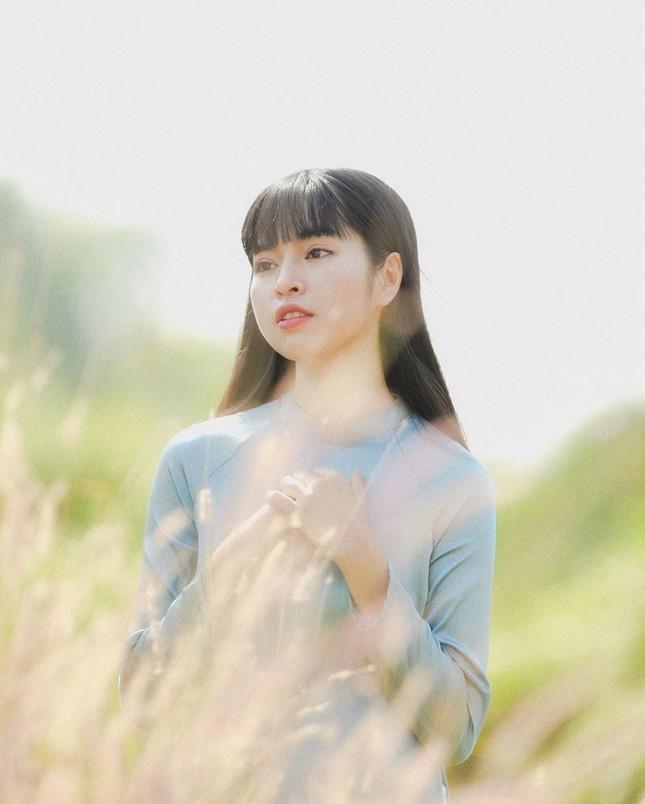 Ngọc nữ phim 'Mắt Biếc' và các hot girl 9x lung linh đón Tết ảnh 10