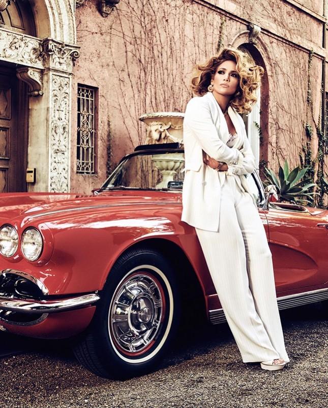 Mê mẩn sắc vóc nóng bỏng tuổi 50 của Jennifer Lopez ảnh 5