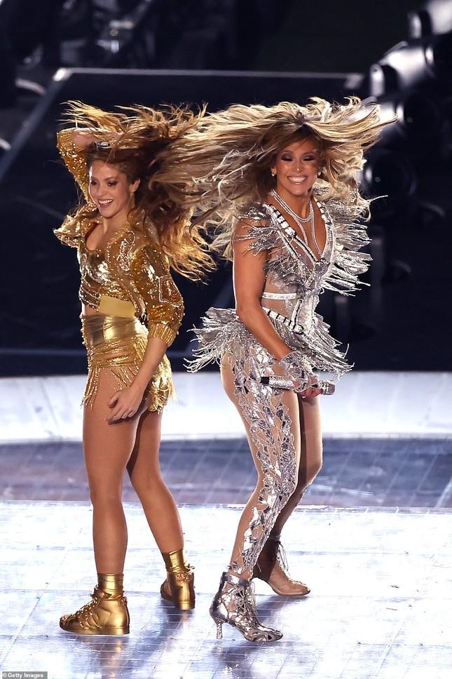 Jennifer Lopez 50 tuổi múa cột mặc bốc lửa nhảy sung ở Miami ảnh 20
