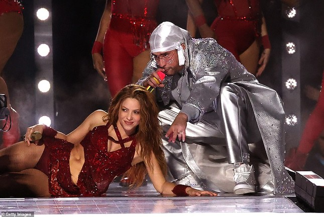 Jennifer Lopez 50 tuổi múa cột mặc bốc lửa nhảy sung ở Miami ảnh 13