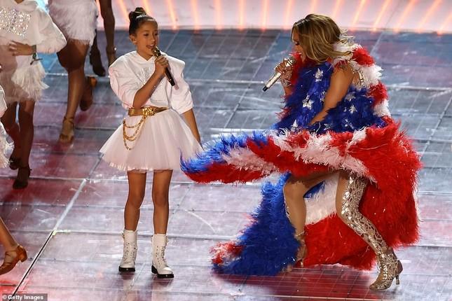 Jennifer Lopez 50 tuổi múa cột mặc bốc lửa nhảy sung ở Miami ảnh 9