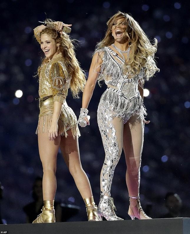 Jennifer Lopez 50 tuổi múa cột mặc bốc lửa nhảy sung ở Miami ảnh 18