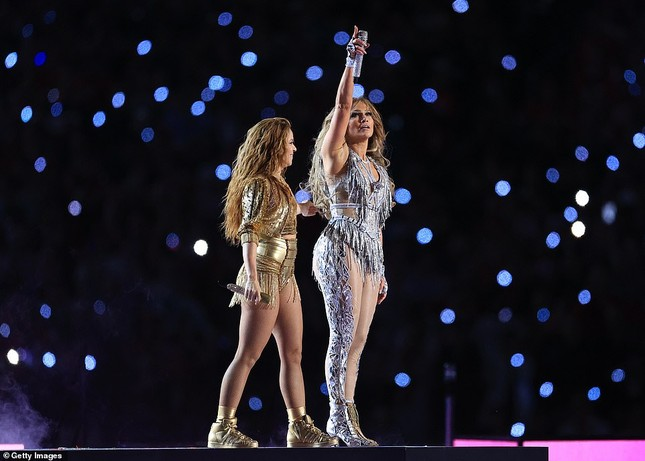 Jennifer Lopez 50 tuổi múa cột mặc bốc lửa nhảy sung ở Miami ảnh 19