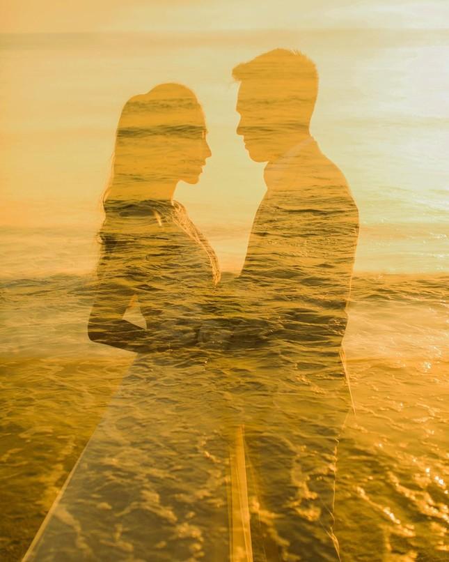 Vợ chồng Duy Mạnh, bạn gái Đức Chinh, Hòa Minzy háo hức đón Valentine ảnh 15