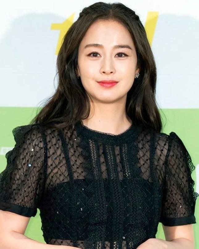 Kim Tae Hee xinh đẹp rạng ngời tựa nữ thần ảnh 1