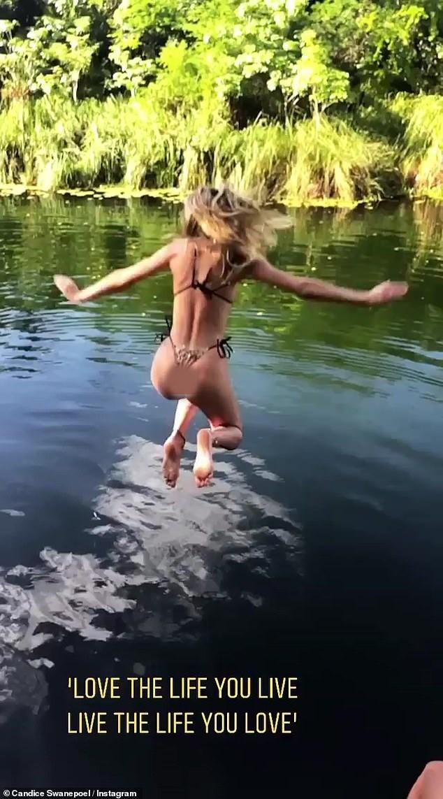 Sắc vóc và thần thái đỉnh cao của thiên thần áo tắm Candice Swanepoel ảnh 13