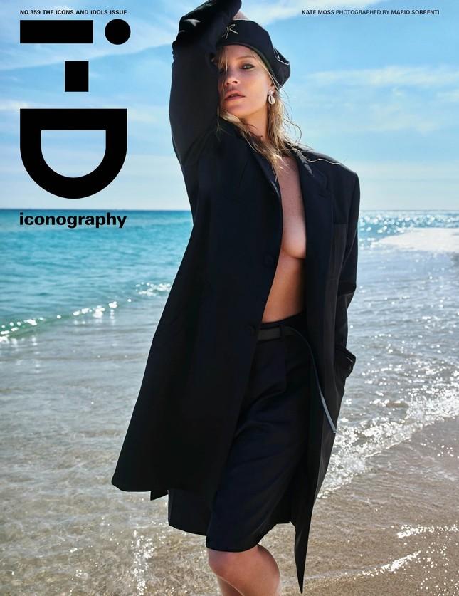 Kate Moss 'thả rông' ngực trần quyến rũ ảnh 1