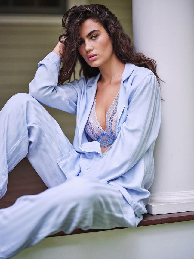Irina Shayk diện nội y ren tôn dáng vóc tuyệt mỹ ảnh 19