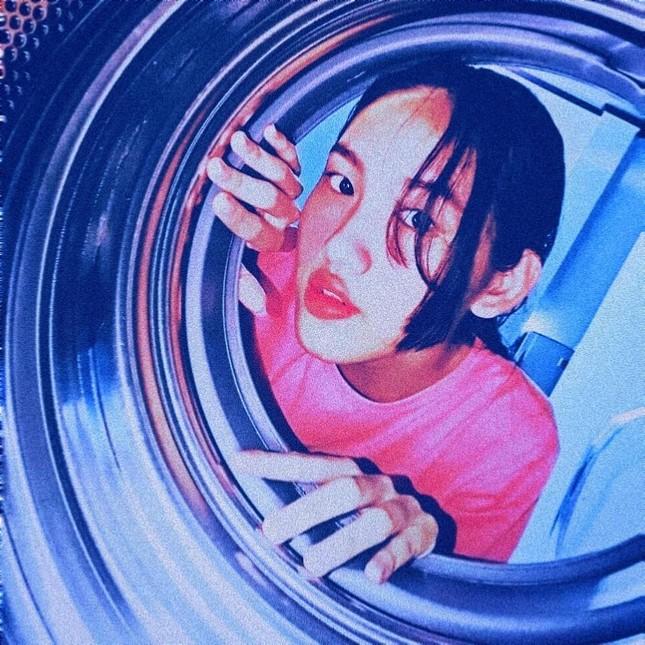 Giới trẻ đua nhau trend chụp ảnh với máy giặt ảnh 9