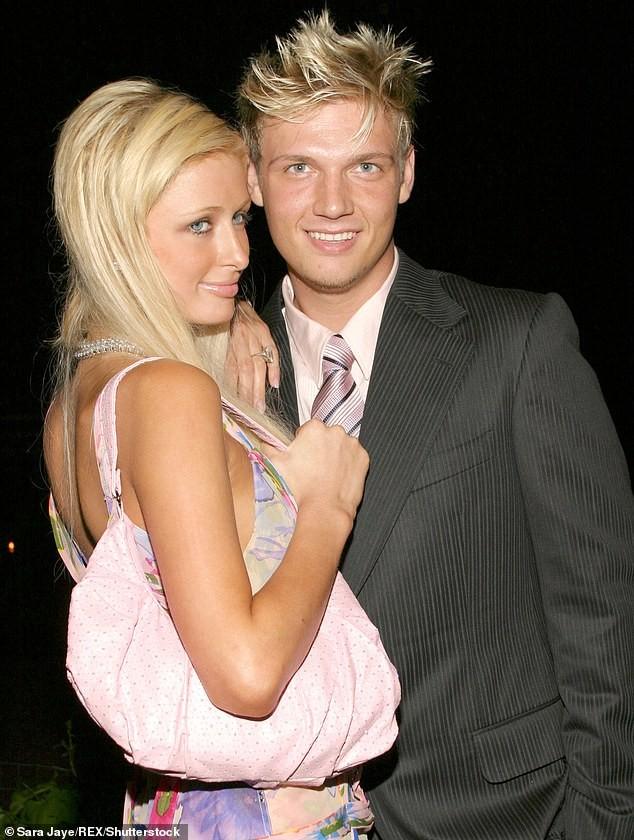 Cô nàng thừa kế Paris Hilton không nội y trên bìa tạp chí ảnh 11