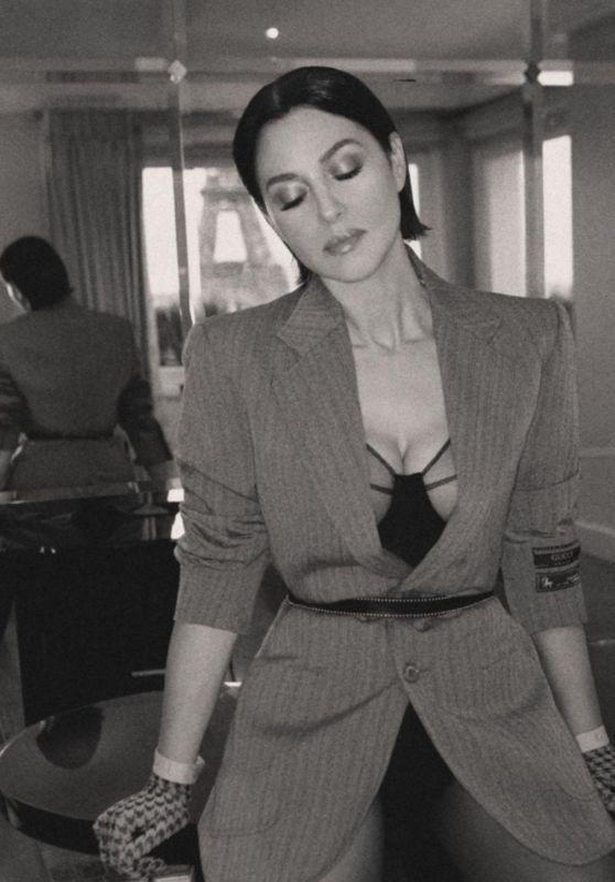 Biểu tượng gợi cảm Monica Bellucci 'lấp ló' ngực đầy ảnh 8