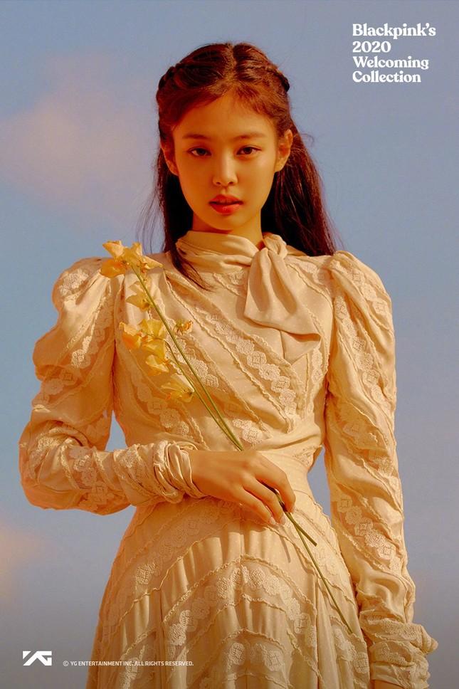 Vẻ đẹp ngọt ngào gây thương nhớ của 4 mỹ nhân idol nhóm BlackPink ảnh 1