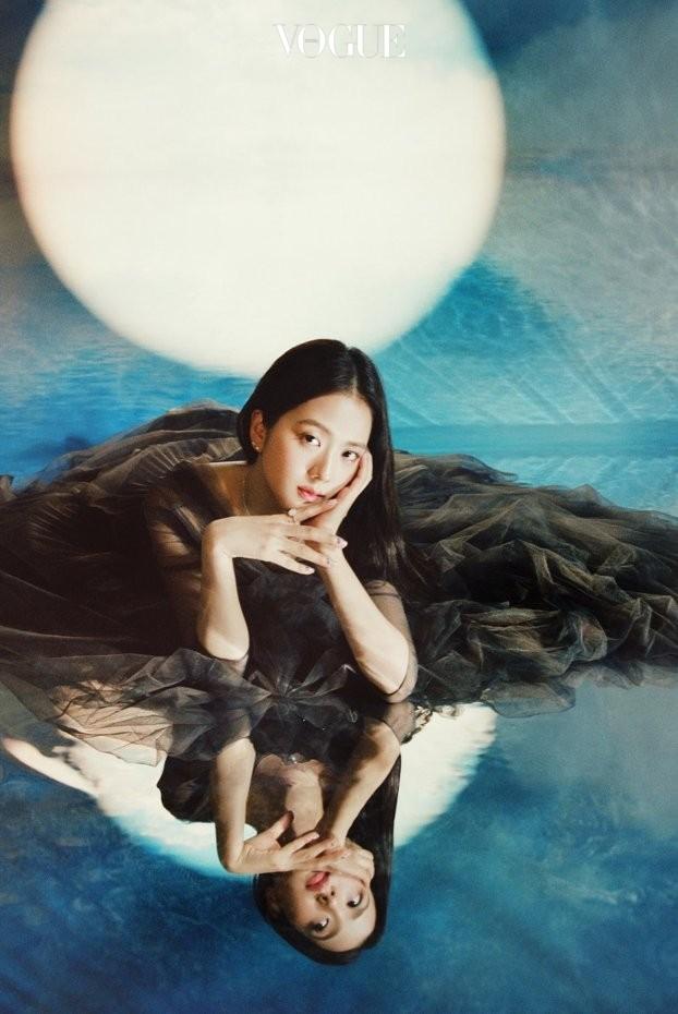 Vẻ đẹp ngọt ngào gây thương nhớ của 4 mỹ nhân idol nhóm BlackPink ảnh 16