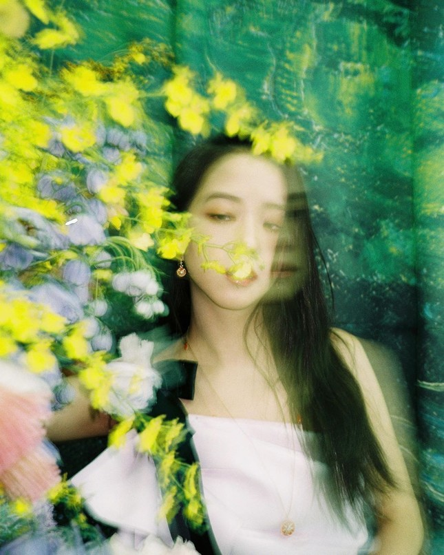 Vẻ đẹp ngọt ngào gây thương nhớ của 4 mỹ nhân idol nhóm BlackPink ảnh 23