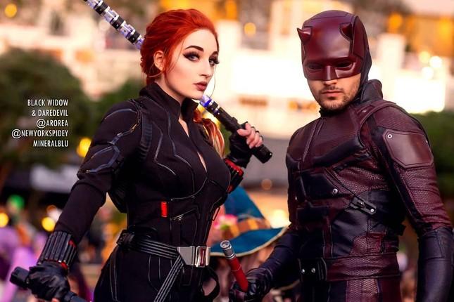 Các bóng hồng mặt xinh dáng đẹp trong lễ hội cosplay đình đám thế giới ảnh 1