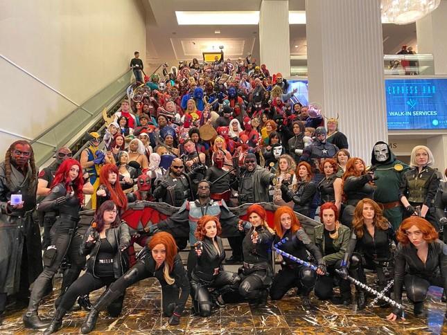 Các bóng hồng mặt xinh dáng đẹp trong lễ hội cosplay đình đám thế giới ảnh 23