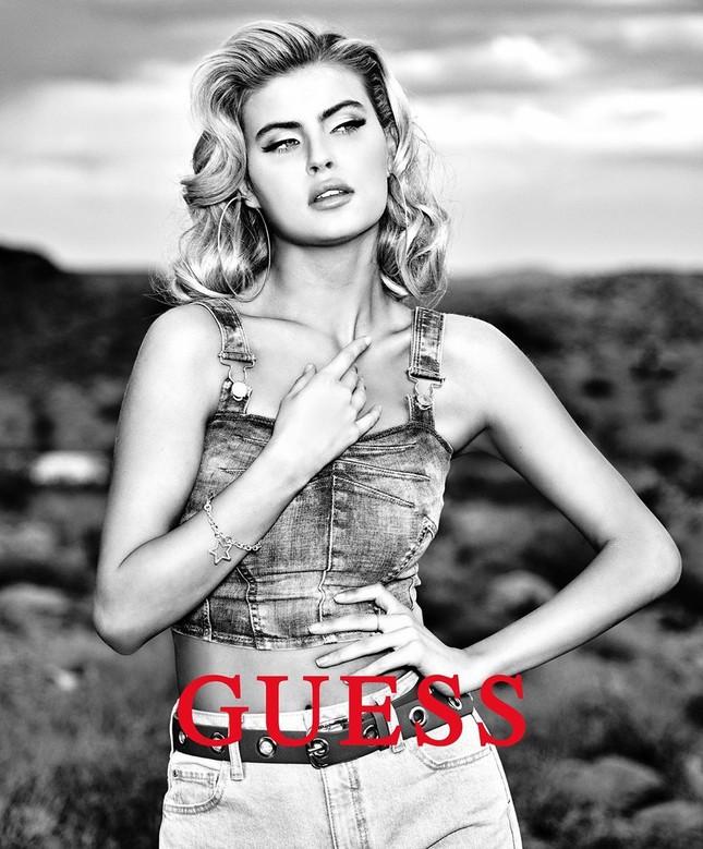 Kellie Stewart - Mỹ nhân 9x mới của Guess đẹp như 'búp bê Barbie sống' ảnh 6