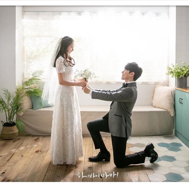 Kim Tae Hee xinh đẹp rạng ngời khi mặc váy cưới ở tuổi 40 ảnh 9