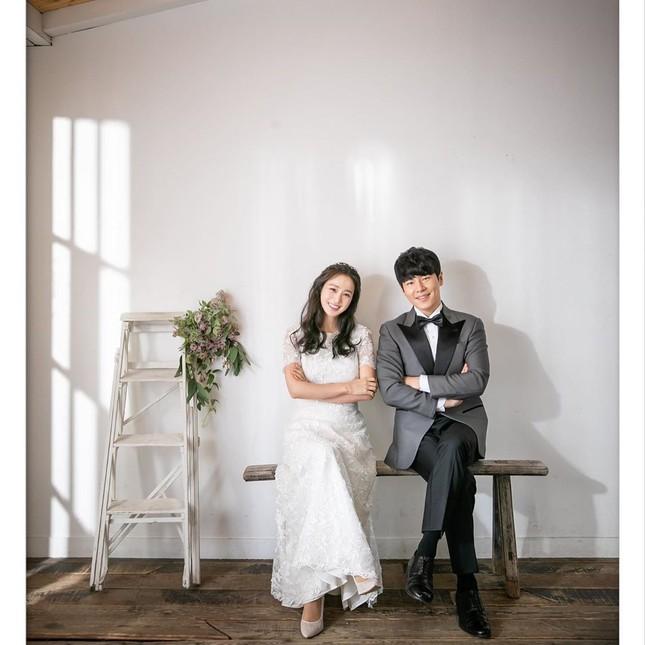 Kim Tae Hee xinh đẹp rạng ngời khi mặc váy cưới ở tuổi 40 ảnh 10