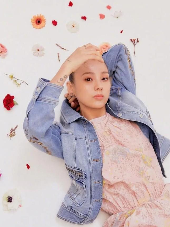 'Nữ hoàng gợi cảm' Lee Hyori miễn tiền tháng 3 cho người thuê nhà ảnh 3