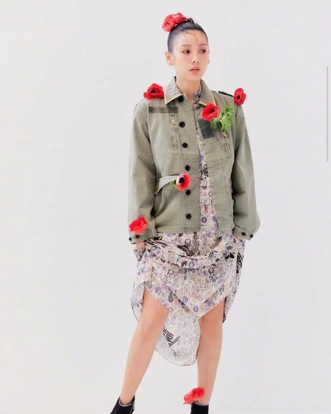 'Nữ hoàng gợi cảm' Lee Hyori miễn tiền tháng 3 cho người thuê nhà ảnh 6